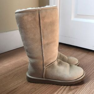 Tall sand UGGS size women's 7!